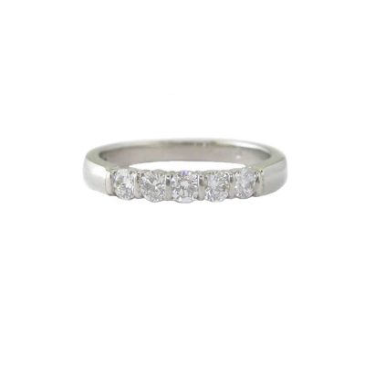 Diamond Rings Platinum Ring set with 5 Diamonds