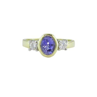 Diamond Rings 18ct. Yellow Ring set with Burma Sapphire and 2 Diamonds