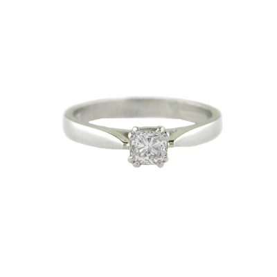 Diamond Rings Platinum Ring set with Cushion Shaped Diamond