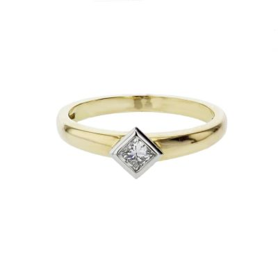Diamond Rings 18ct. Yellow Gold Ring, Princess Cut Diamond