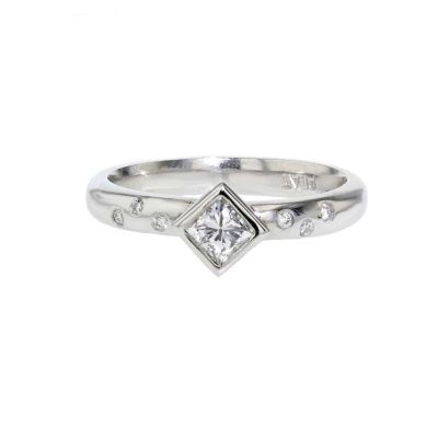Diamond Rings Platinum Ring with Princess Cut Diamond