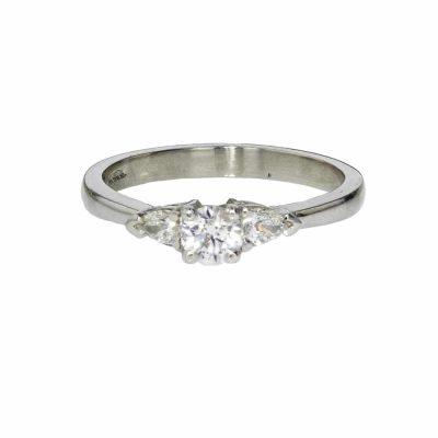 Diamond Rings 3 Stone Platinum Diamond Engagement Ring